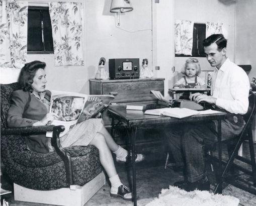 学校对已结婚了的学生提供单独住宿,这是1946年的照片。