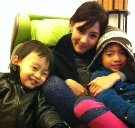 张柏芝与儿子