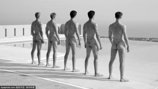 英国华威大学划船队员大胆拍写真