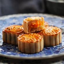 莲蓉蛋黄月饼图文教程