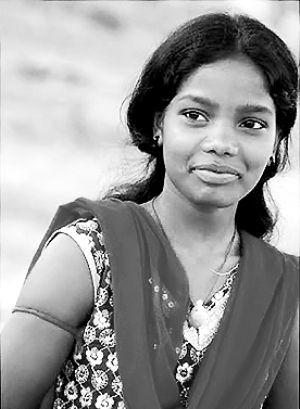 印度一名女子年仅11岁时被逼婚