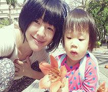 小s:两女儿联手嘲笑妈妈太幼稚