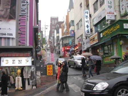 韩国大学附近都会找到物美价廉的小店