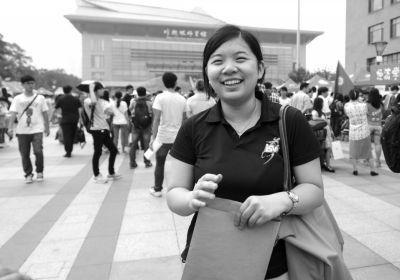 北京高考理科状元到北京大学报到。