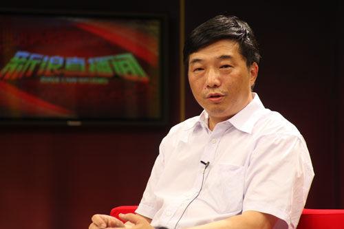 北京新干线学校名师团特邀顾问、中学历史特级教师李晓风