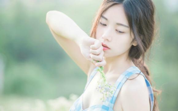 组图:华师大最美女生校园写真清纯可人