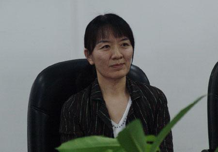 汉语盘点2007年中国与世界专家简介:卢新宁