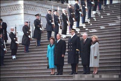 布什2001年首次当选就职大典(组图)