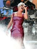 歌手Pink激情高歌