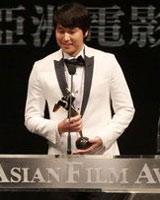 郑宇成凭《三个家伙》获最佳男配角