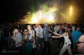 一起跳舞吧!