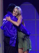 杰克逊拥抱布兰妮