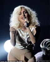 Lady Gaga白骨缠身
