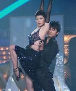 吉雪萍激情热舞