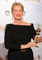 梅丽尔-斯特里普凭《茱莉与朱丽叶》获音乐/喜剧类最佳女主角奖
