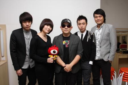 实录:新浪09网络盛典年度最佳乐团苏打绿专访