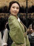 张俪(饰刘夫人)