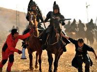 马师和武师调动马匹站位