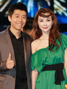 夏雨(左)姚星彤
