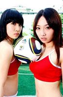 足球宝贝PK笼式足球