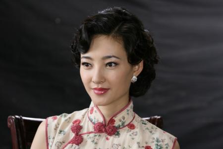 《上海迷案》保剑锋王丽坤再聚首感情亲密