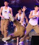 深圳民工团跳街舞
