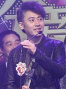吴秀波获年度突破男演员