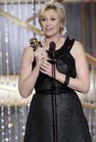 简-林奇凭《欢乐合唱团》获最佳电视剧女配角