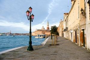 威尼斯街角一景