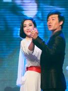 陈思成和杜晓婷秀舞技