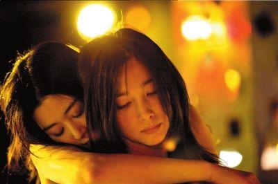 """京华时报:《雪花秘扇》这棵爱之树叫""""老同"""""""