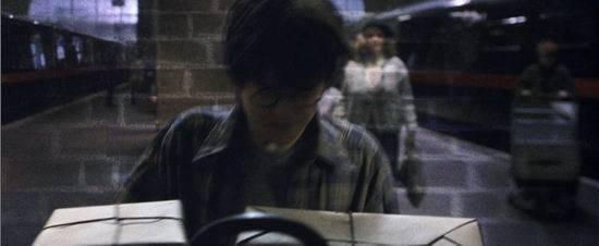 《哈利-波特》十大经典场景--九又四分之三站台