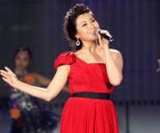 王雅捷演唱《甜蜜蜜》