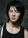 Junjin生日:1980.08.19队内位置:rap,领舞