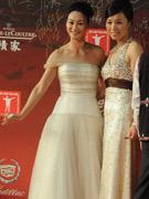惠英红白纱裙迷人