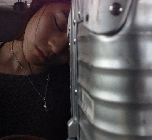陈冠希偷拍女友睡觉模样
