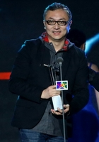 年度最佳制作人:李东