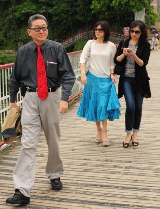李敖與妻子王小屯、女兒李諶等外出