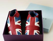 查尔斯王储商店开售婴儿鞋