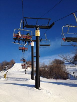 徐娇体验滑雪晒自拍