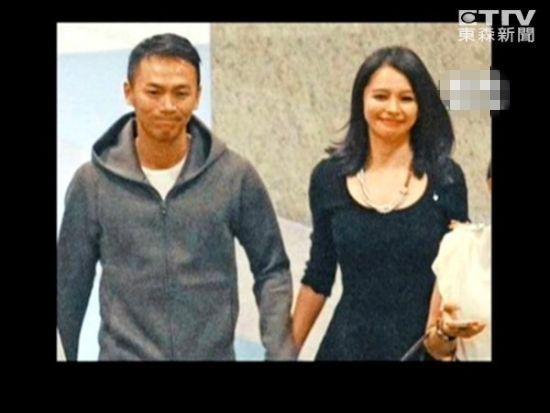 徐若瑄甜蜜谈被骗海岛求婚过程:哭到腿软