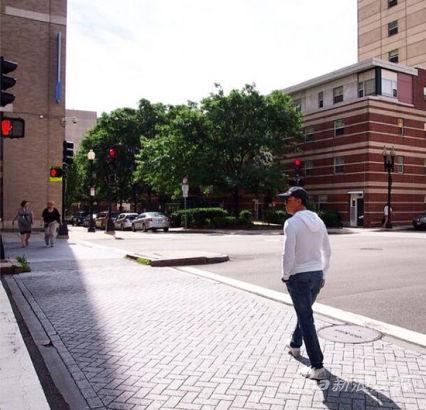 甄子丹在波士顿中国城