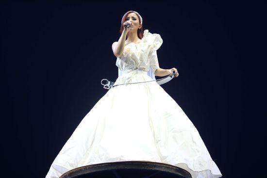 丁當特製婚紗演繹浪漫情歌