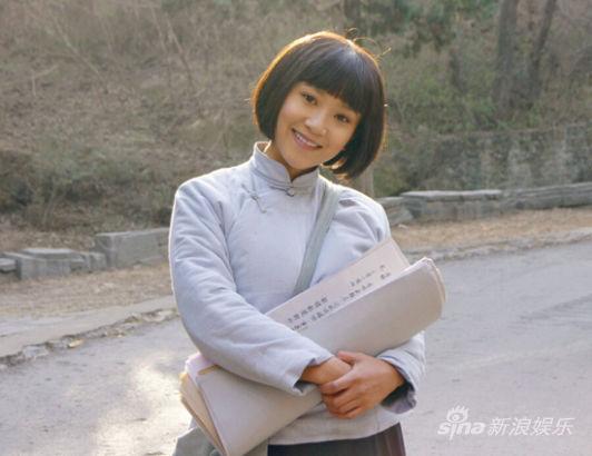 学生妹的嫩bb图_解惠清获郑晓龙钦点 《红高粱》演学生妹