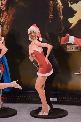成龙变身圣诞美女笑翻全场
