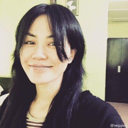 王菲笑容迷人