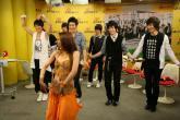 组图:SJ-M新浪七彩课堂之展舞技秀搞笑肚皮舞