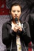 《恋爱的犀牛》九年聚首新版冲击千场纪录(图)