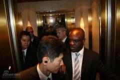 独家组图:米勒入住上海浦东酒店相对平民化