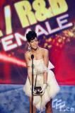 组图:蕾哈娜获最佳R&B女歌手奥斯卡影帝颁奖